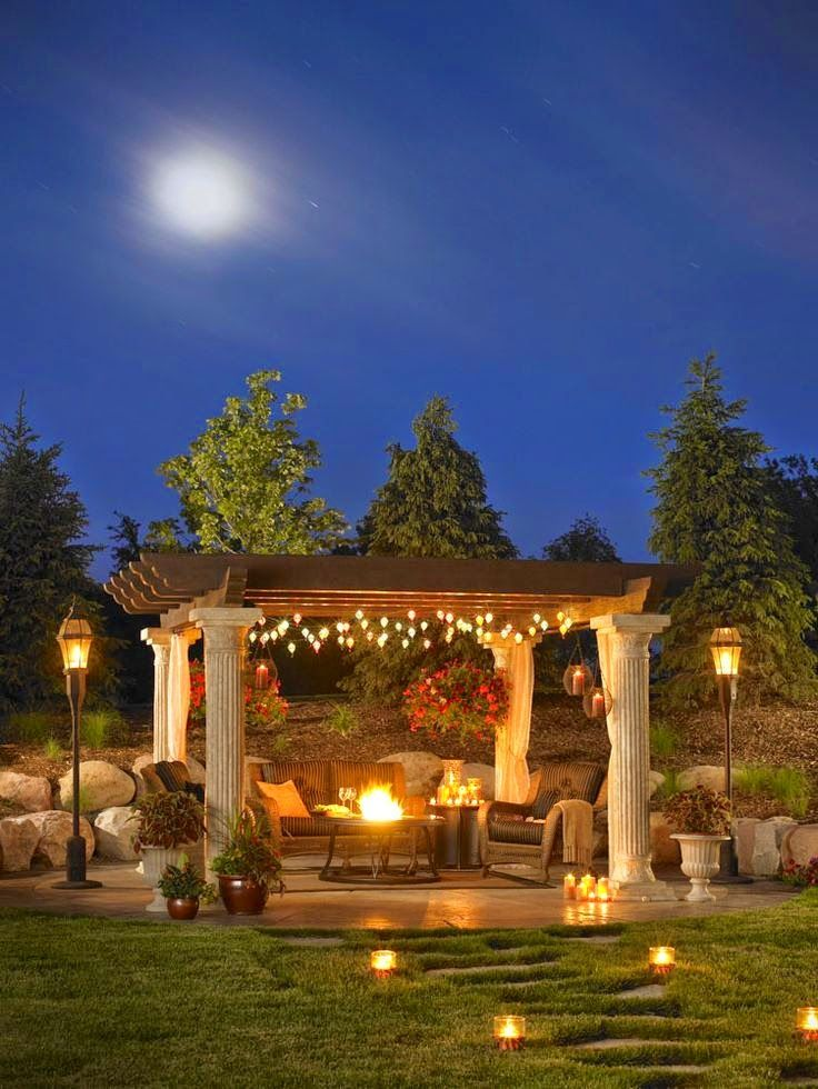 Perfect for a family or couple dinner. Home cooking + great backyard setting. Great for distressing.