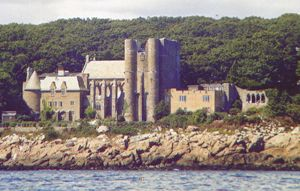 Things to do on the North Shore - Hammond Castle Museum