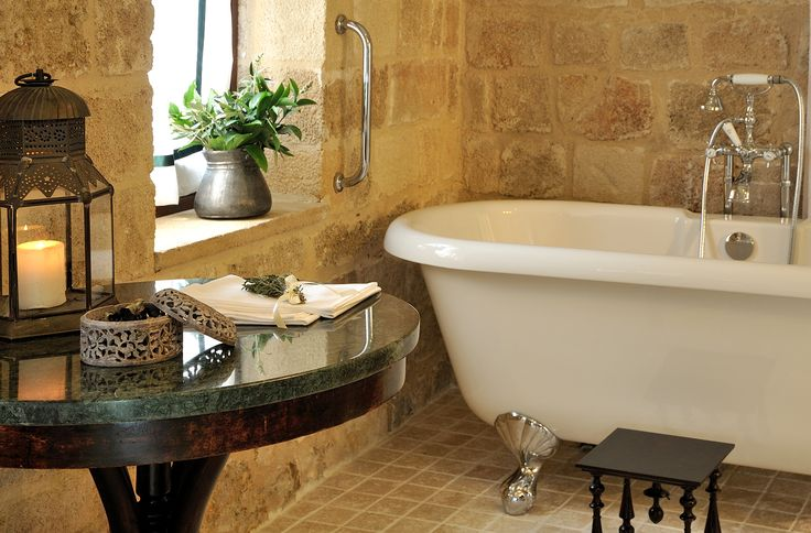 EXCLUSIVE SUITES. OLD TOWN, RHODES, GREECE. kokkiniporta.com