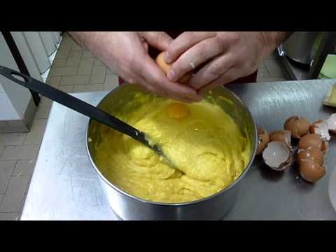 Ricette Dolci : Pasta Choux - Come fare i Bignè : Video Tutorial Cucina - YouTube