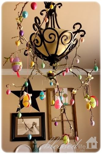 My mom made an egg tree with me one year. This looks easy and fun! Although, too late for this year, but maybe next Easter!