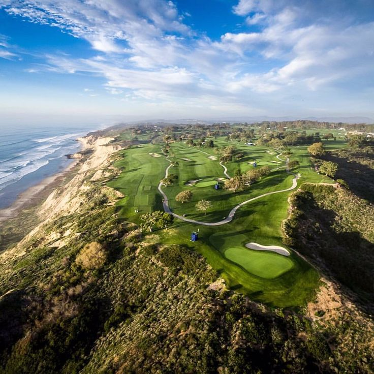 Torrey Pines Golf Course, San Diego, USA. I really want to play here one day.                                                                                                                                                                                 More