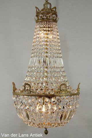 Kristallen kroonluchter 26669 bij Van der Lans Antiek. Meer kristallen lampen op www.lansantiek.com