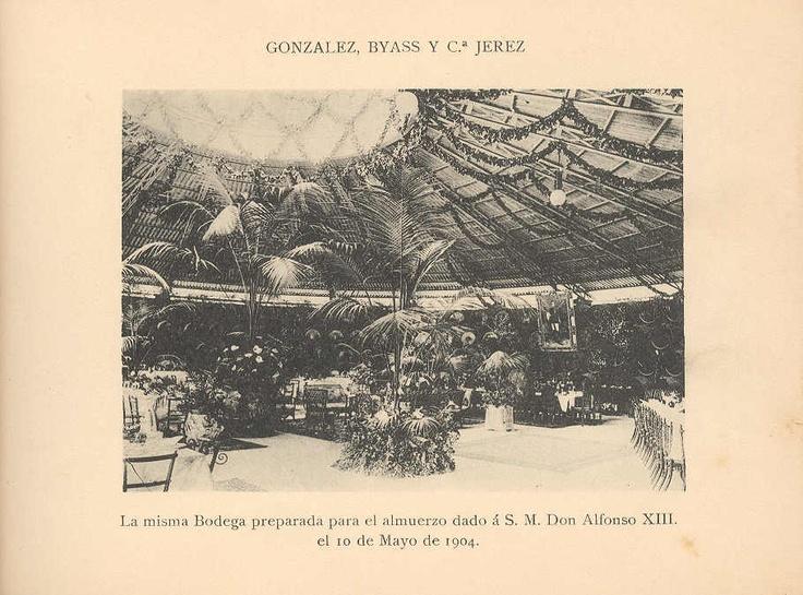 """La Bodega """"La Concha"""", preparada para el almuerzo dado al rey Alfonso XIII el 10 de Mayo de 1904."""