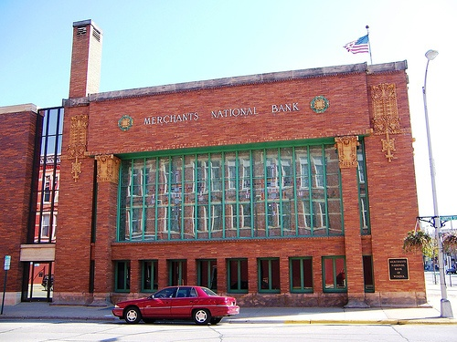 Winona, MN Merchants Bank side by army.arch, via Flickr