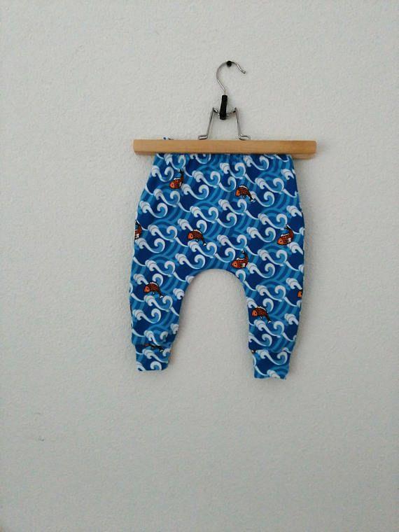 Blauw baby jongen skinny harem broek. Slim fit jongens