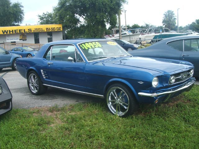 1966 Ford Mustang - Used Cars for Sale - Carsforsale.com & 74 best u002766 Mustang images on Pinterest | Ford mustangs 1966 ford ... markmcfarlin.com