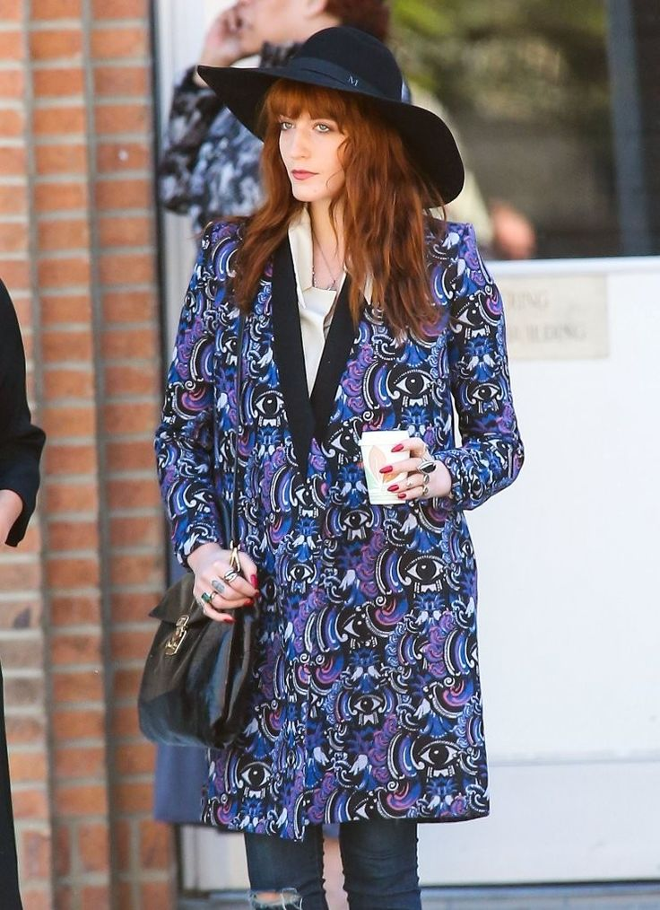Florence Welch does retro glamour in flares and a kimono