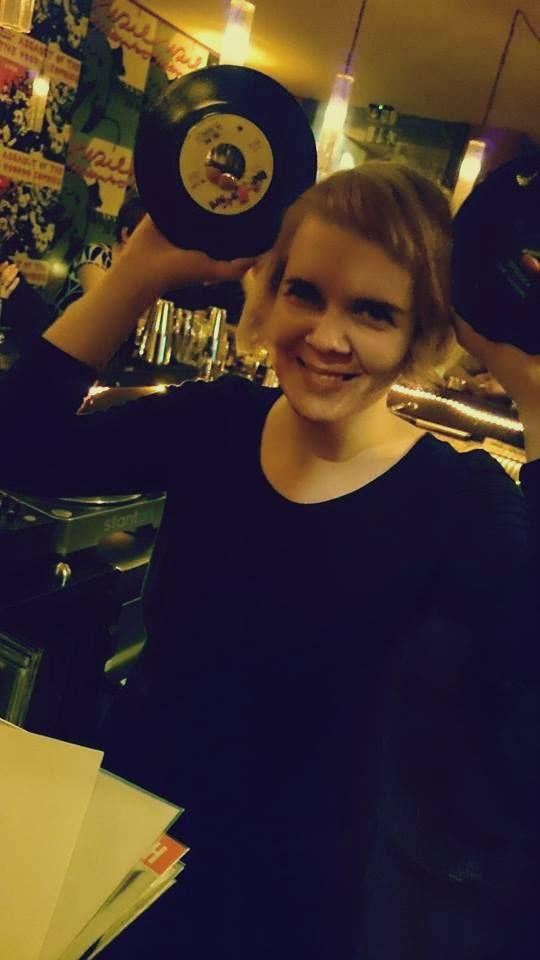 at Suzie Mambo Berlin Bar   10846340_958278364199801_6147320231720319110_n.jpg 540×960 Pixel