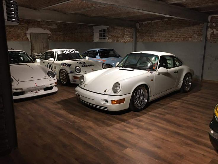 showroom at night @ Speed Service