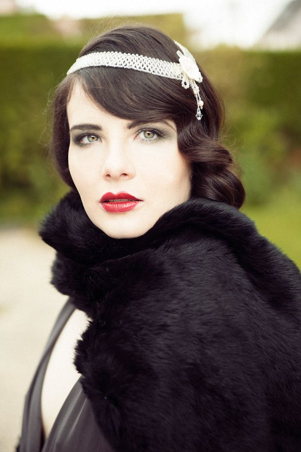 model with red lips and fur stole wrap - Read More on One ...