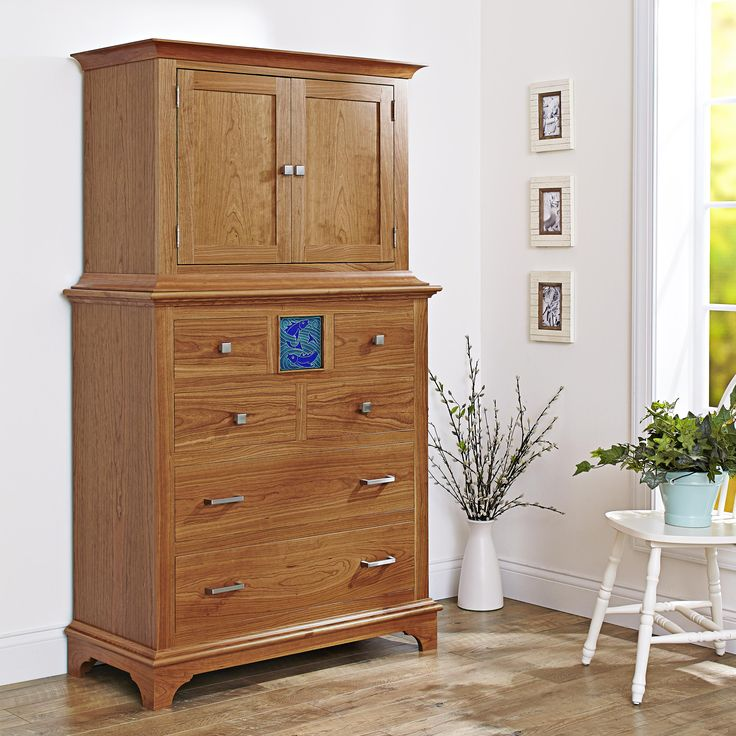 Chest on chest woodworking plan. With seven drawers (including a secret one—shh!) and a spacious cabinet on top, this double-decker perfectly pairs form and function.