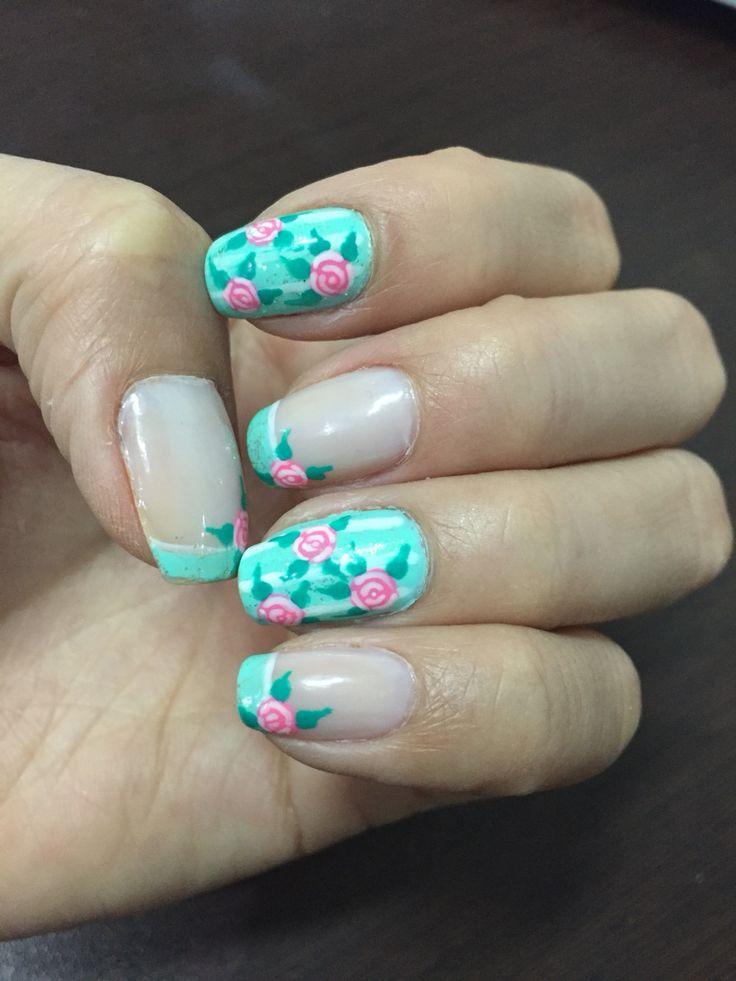 Nails rose