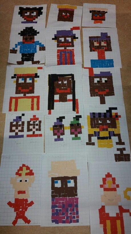 Minecraft knutselen met groep 7. Minecraft in Sinterklaassfeer. #sinterklaas #zwartepiet #knutselen #sinterklaasknutselopdracht #minecraft  Werkwijze; kopieeren vergroot een ruitjesblad op een A3 vel. Laat daarna de kinderen hokjes zelf uitmeten van 2 bij 2 centimeter. Iedereen heeft zijn eigen versie gemaakt.