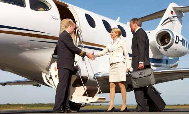 Corporate Card macht Geschäftsreise mit Privatjet billiger. http://www.travelbusiness.at/business-lounge/corporate-card-macht-geschaftsreise-mit-privatjet-billiger/0011441/