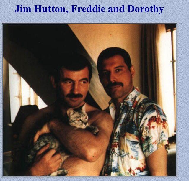 Jim Hutton, Freddie Mercury and Freddies cat Dorothy