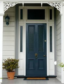 Friday and time for another door , blue this time. Apparently blue is back - all because a girl called Kate wore a blue dress to match her s...