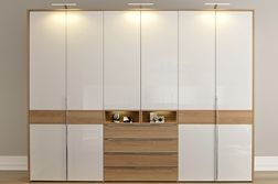 High-gloss white, natural oak