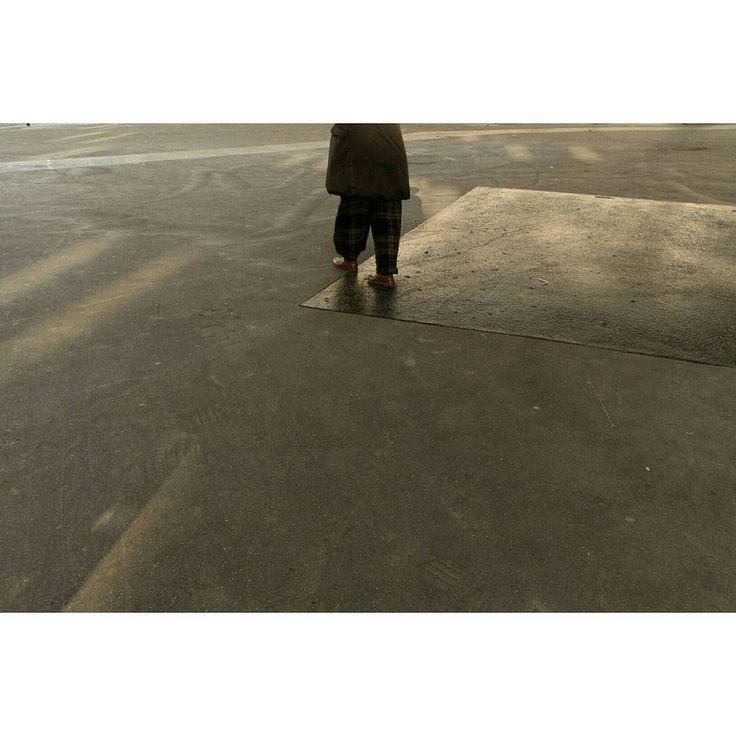 Emptiness #skantzman #manolisskantzakis #photography #colour #fujix100t #paris #woman #boxed #walk #geometry