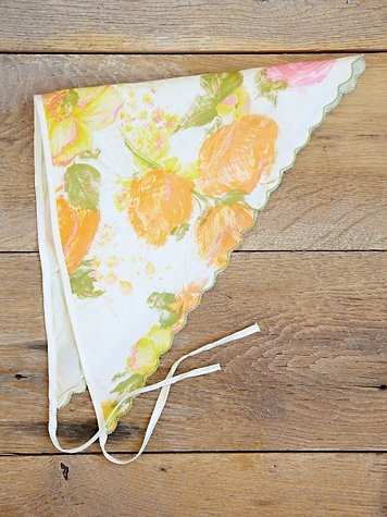 Vintage floral printed triangle head scarf with ties. Silky feeling. Scalloped edges.