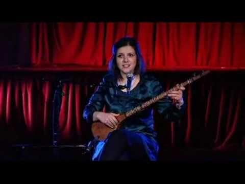 "Sepideh Raissadat sings ""Ze Farvardin"""