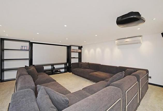 28 best images about cinema rooms on pinterest princes house the loft and red cinemas. Black Bedroom Furniture Sets. Home Design Ideas