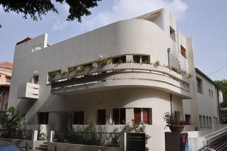 Bauhaus Architecture Tour | Israel Tours | Israel Tour Guide