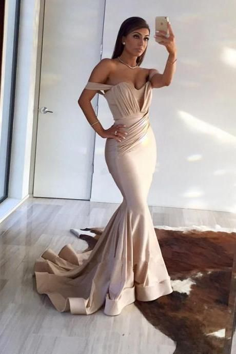 Sexy Mermaid Off-the-shoulder Long Prom Dress with Train