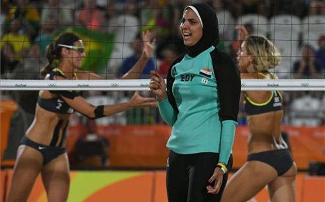 Choque de culturas en el voley playa de Río Alemanas y egipcias protagonizan una de las imágenes más impactantes de la diversidad cultural que convive bajo bandera olímpica en Río