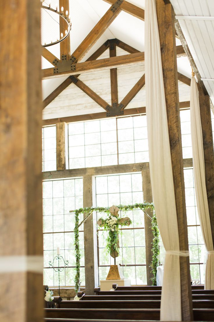 Lexi & Tim had a beautiful ceremony at Big Sky Barn Montgomery, Tx @big