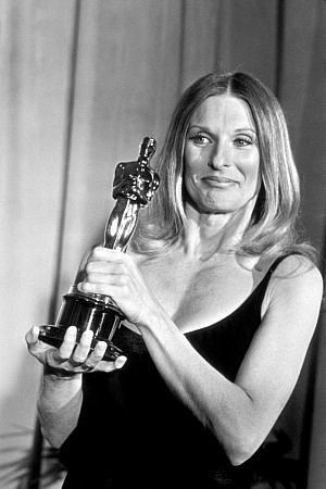 3/7/14 12:44a The Academy Awards Ceremony 1972: Cloris Leachman, Best Supporting Actress Oscar for The Last Picture Show 1971.