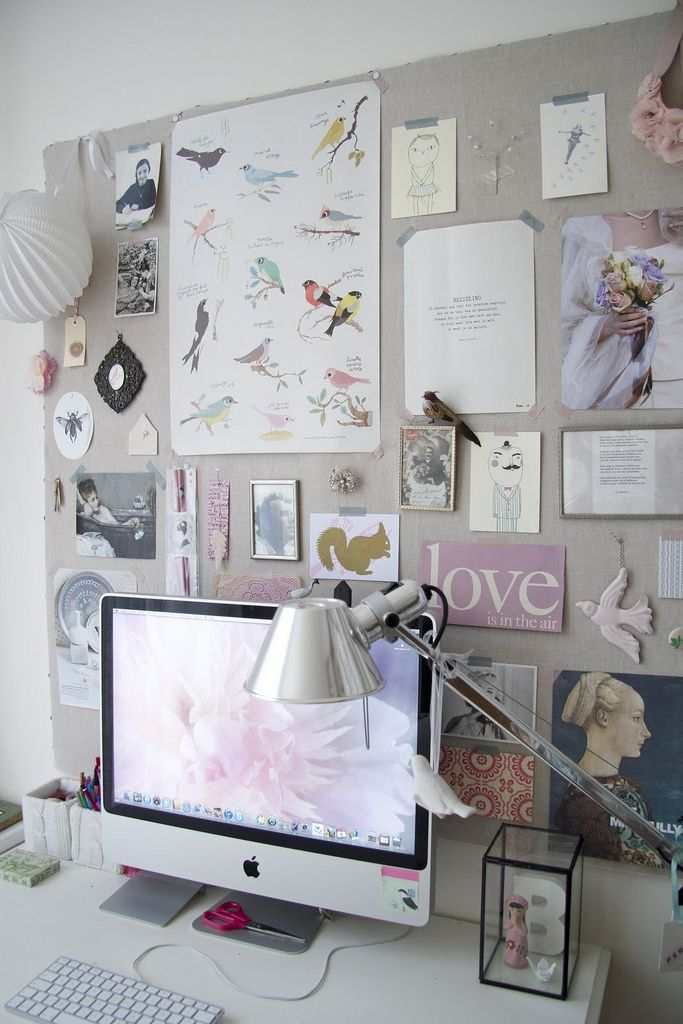 Office Idea:  I like the neutral background so you can add to your inspiration board easily.  Also cute glass box on the desk-easy to change out for the seasons/holidays.