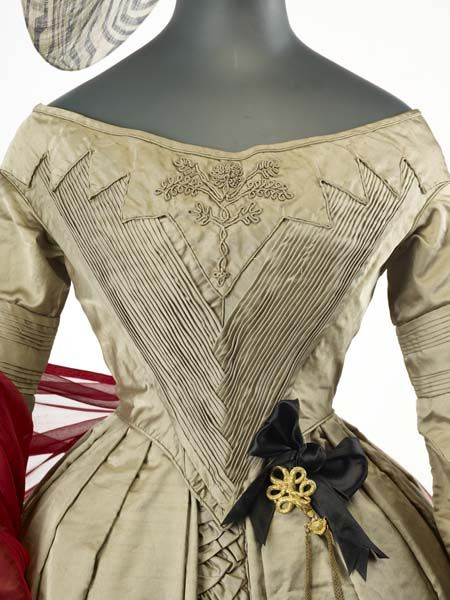 Old Rags - Day dress, 1841-45, Museum of London