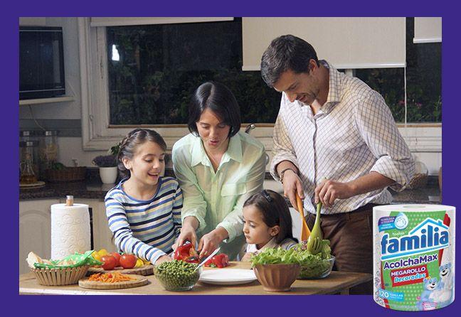 ¿Ya probaste las nuevas Toallas Familia® Acolchamax? ¡Cuéntanos en qué momento las usas!