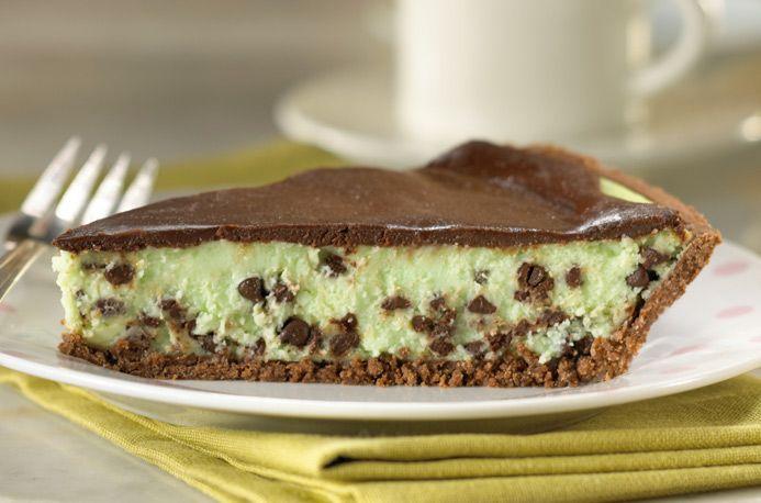 Mint Chocolate Chip Cheesecake Pie
