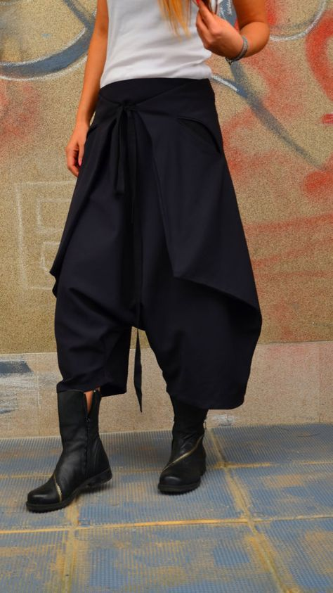 Japan Skirt/Pant/ Low Drop Crotch Trousers/ Harem Pant/Culotte Trousers/Minimalist Samurai Pant/Capri Trousers