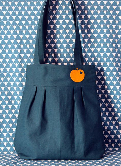 Pleated tote bag: petrol and orange