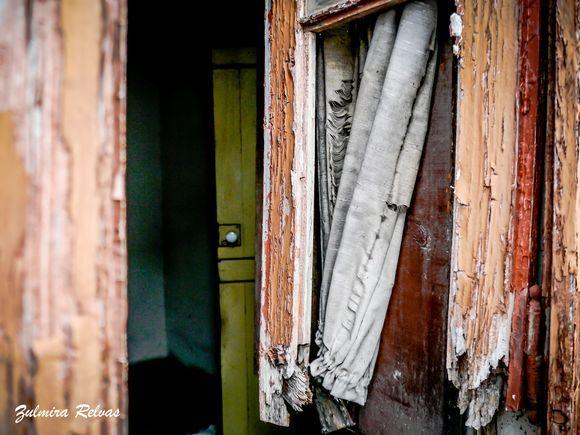 Janelas e casas abandonadas