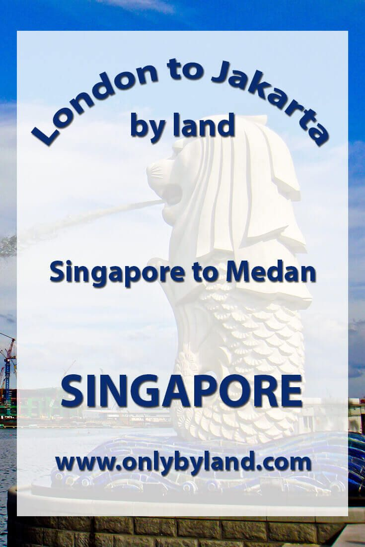 A visit to the points of interest of Singapore including Merlion Park, Raffles Hotel and the Singapore Sling cocktail, Clarke Quay and Boat Quay + so much more!