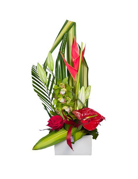 Lys - Rose - Fleurs exotiques  Si vous souhaitez offrir de la couleur et de la gaieté pour la fête des pères, cette composition de fleurs fraîches sera parfaite. Lys, roses, fleurs exotiques...aux teintes rouges et vertes pour une fête des pères réussie.   http://www.fleurs.me/evenements-fleurs-livraison-partout-en-france/fete-des-peres