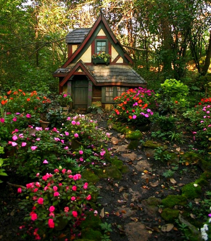 ren fest flower cottage by furaha fairy cottages pinterest cottages and flower. Black Bedroom Furniture Sets. Home Design Ideas