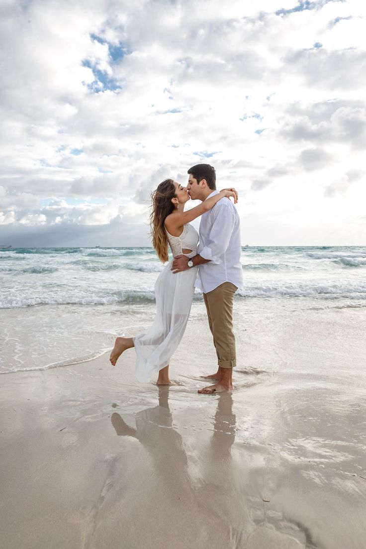 Couples Photography On The Beach With Images  Summer -3415