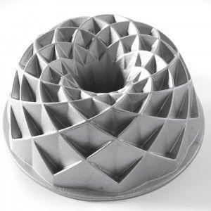 Nordic Ware Bundt Pan - Jubilee - 10 cup Golda's Kitchen