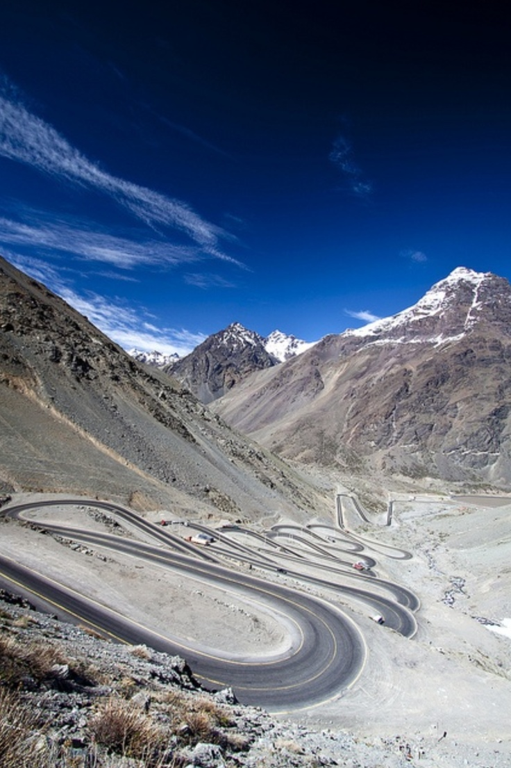 Cordillère des Andes; #Chili #Argentine. http://www.randonnee-nature.com/