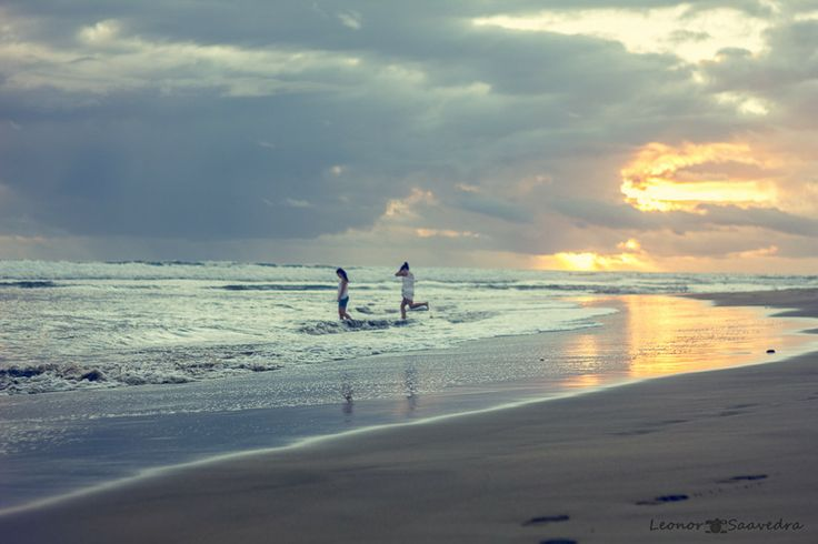 sunset on the beach by Leo Saavedra on 500px
