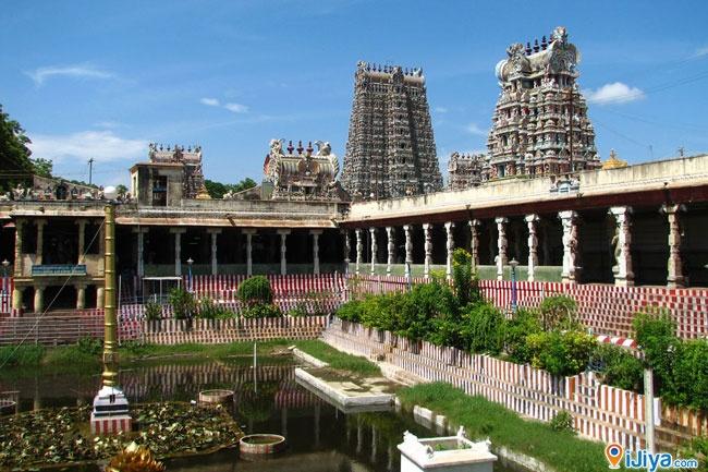 Ramanathaswamy Temple, Rameswaram.   @ http://ijiya.com/8236842