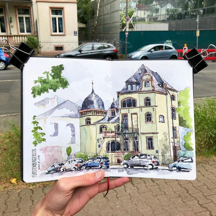 Sketching a beautiful house this afternoon in Frankfurt