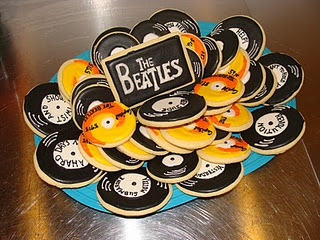 Beatles records cookies. Good gift idea for a Beatles fan