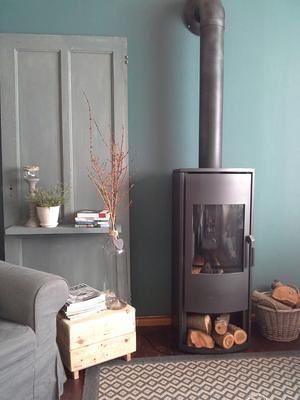Bekijk de foto van yola met als titel mooie kleur op de muur. gezellig hoekje. en andere inspirerende plaatjes op Welke.nl.