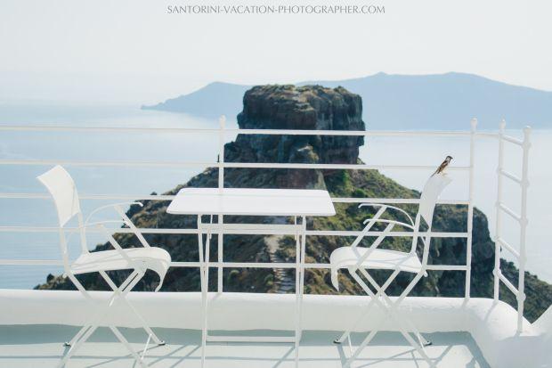 BEST SANTORINI RESTAURANTS TO ENJOY AUTHENTIC GREEK SANTORINI FOOD #santorini #tips #top #travel #restaurants #greece